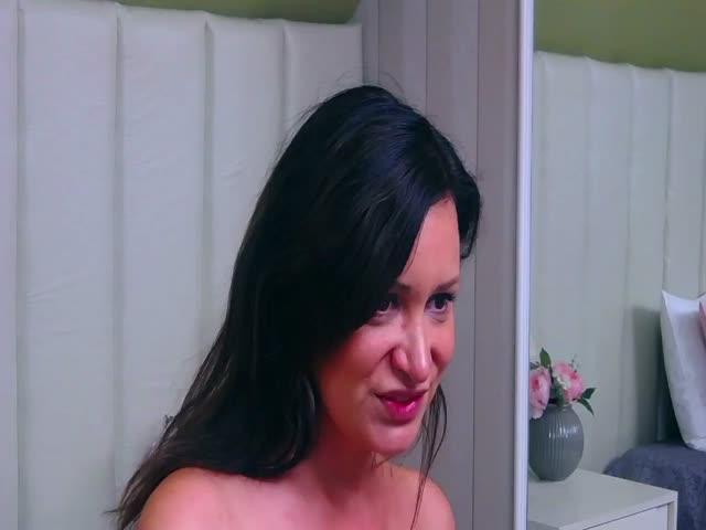 TinaCarson live sex cam