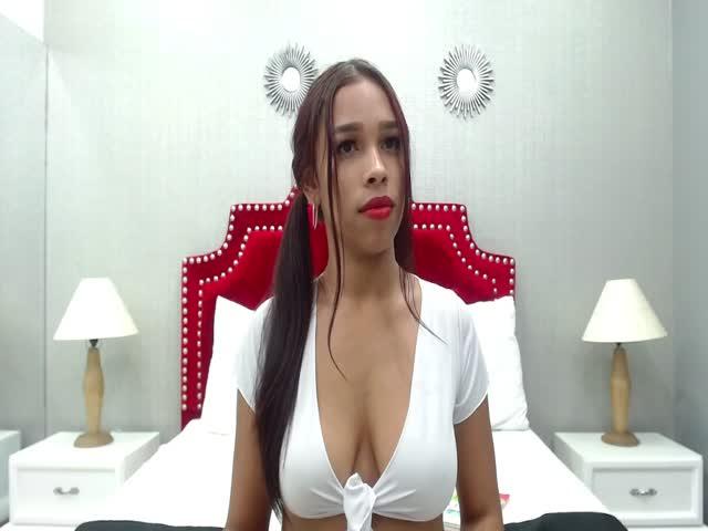 Thalia_Evans live sex cam