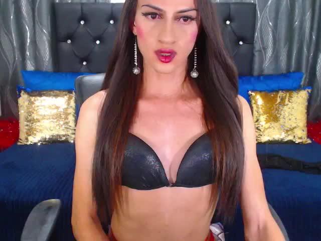 thanyaxtsTS live sex cam